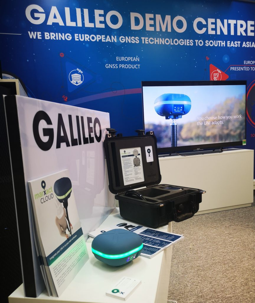 NAVIS Galileo DEMO Center BELS + Project Hanoi Vietnam Zuidoost-Azië RTK GNSS ONTVANGER API Cloud marXact UNI-Cloud UNI-GR1 GNSS RTK-ontvanger GPS Glonass Beidou Galileo L1 L2 L5 GIS BIM CLOUD Telecom digitaal inmeten VRS Caster Europe