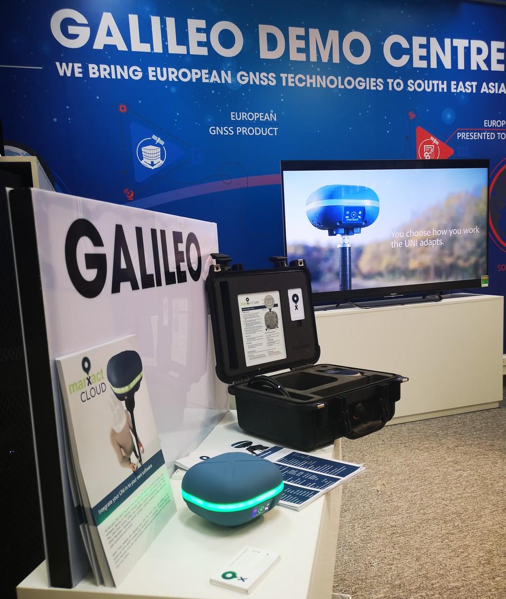 NAVIS Galileo DEMO Centre BELS+ Project Hanoi Vietnam South east asia RTK GNSS RECEIVER API Cloud marXact UNI-Cloud UNI-GR1 GNSS RTK Receiver GPS Glonass Beidou Galileo L1 L2 L5 GIS BIM CLOUD Telecom digitaal inmeten VRS Caster Europe